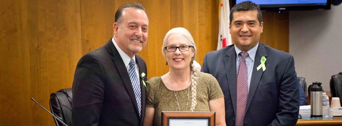 light honored as may employee of the month fresno county